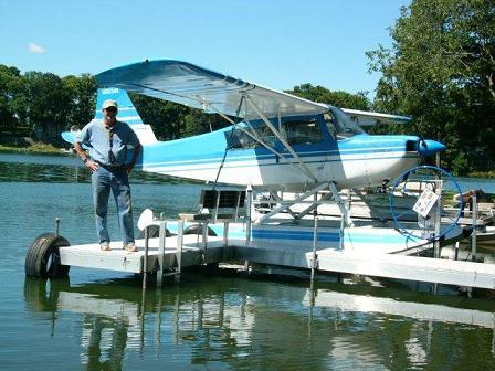 """2011-08-Jon-cumpton-Seaplane"""